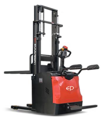 Apilador Traccionario ES16 RS. Cap. 1600kg. Altura hasta 5,5m. Conductor a bordo